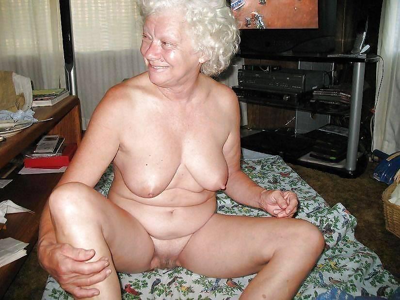 галереи фото голых бабушек