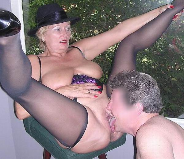 Xxx outdoor milf clips