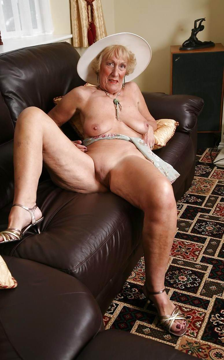Mature Land - Free Mature and Older Women Nude