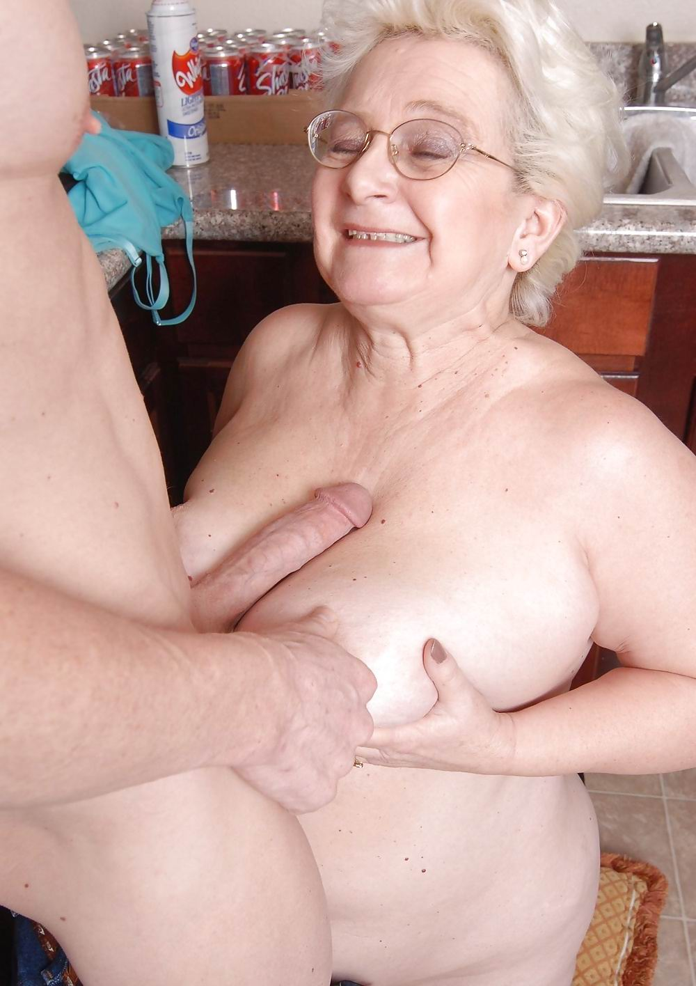 gros plan hairy anal