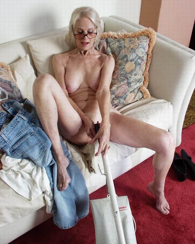 Møt eldre kvinner anal sex pussy