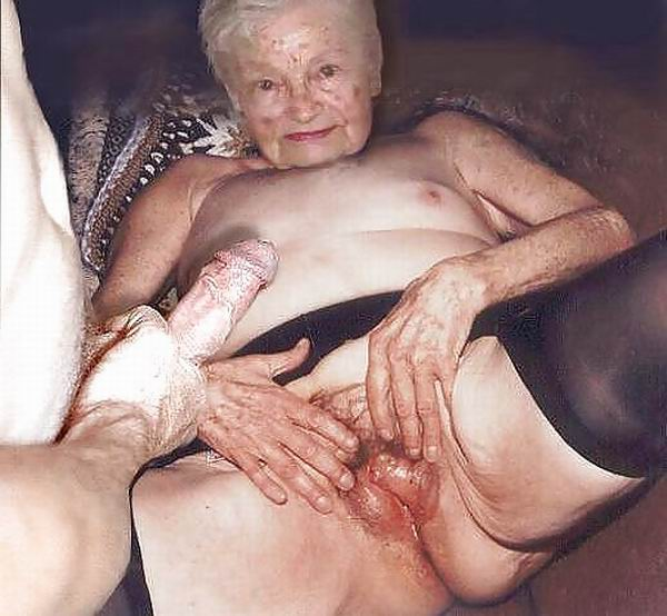 very old amateur grannies posing and in action   pichunter