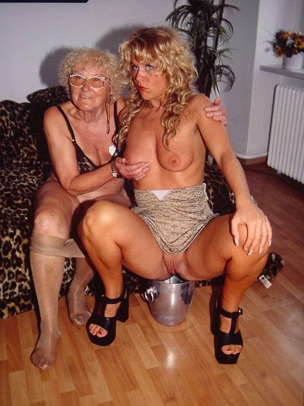 галереи голых пожилых
