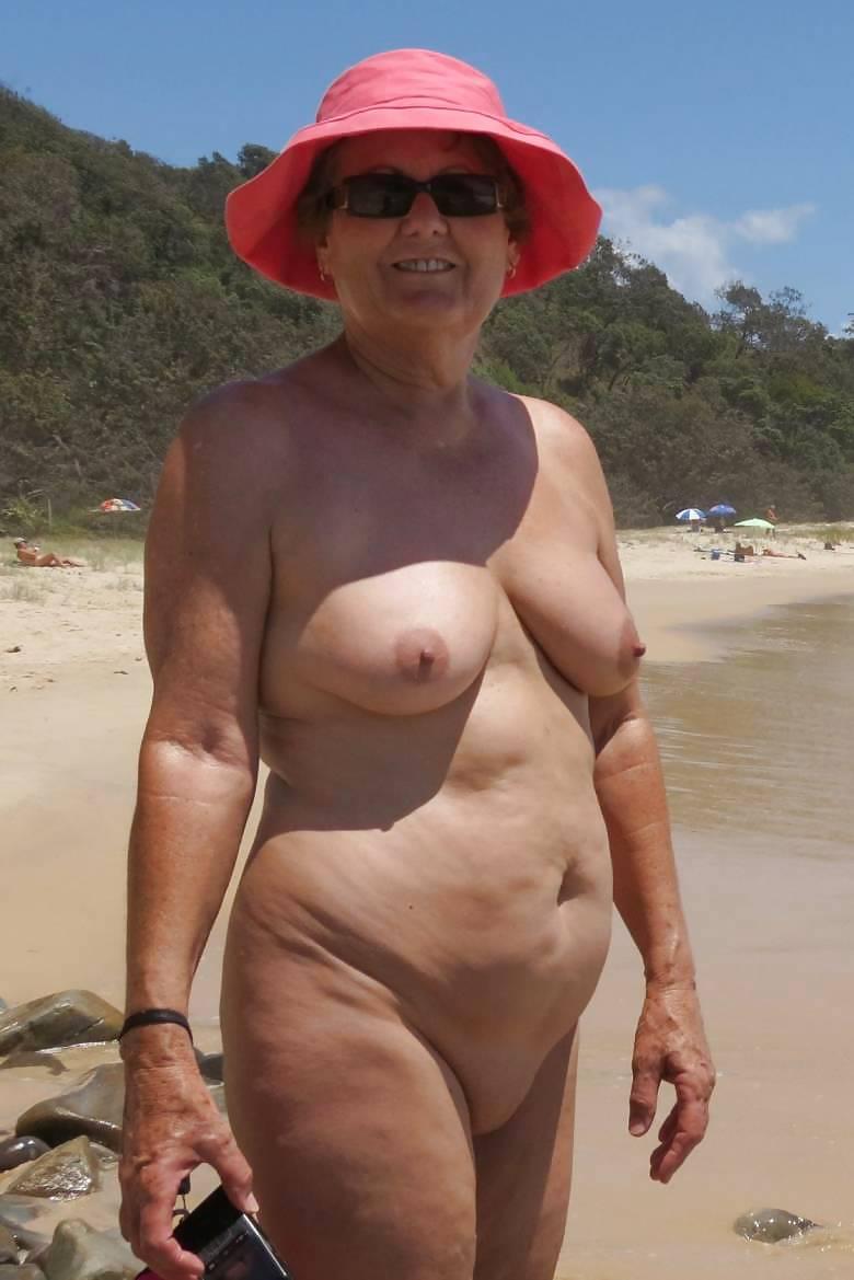 babushki-nudistki-foto