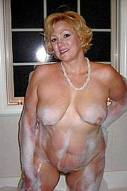 granny-big-boobs457.jpg
