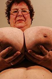 granny-big-boobs471.jpg