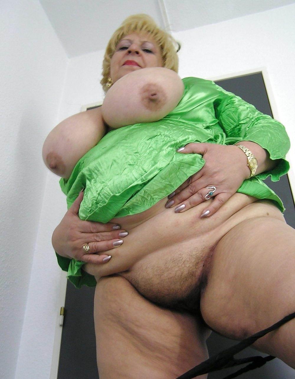 Бабушки с большими жопами в порно