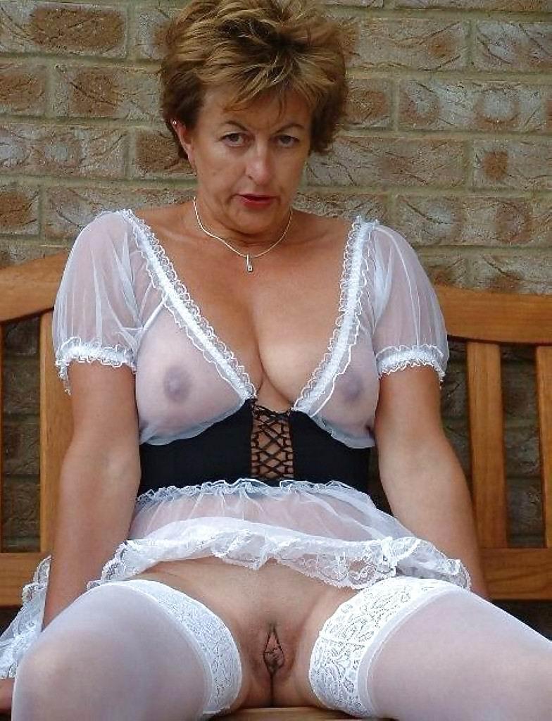 Amateurs mature Grannies horny