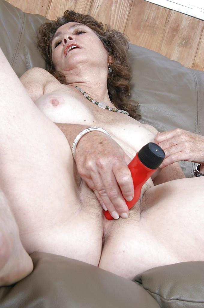 Пожилые Женщины Маструбируют