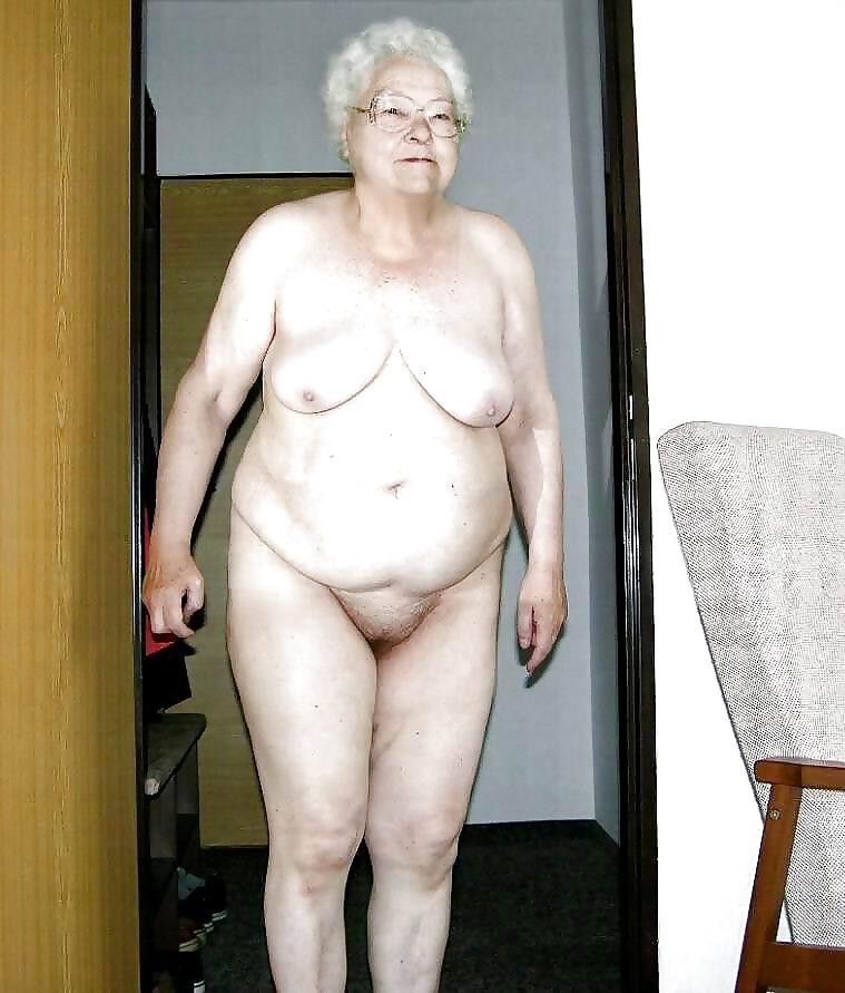 фото старушек голышом содержание рекламных