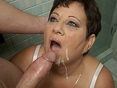 big-tits-granny-gets-a-fucking-in public-toilets05.jpg