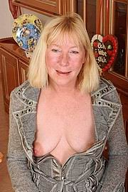 dirty-sexy-grannys04.jpg