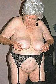 dirty-sexy-grannys09.jpg