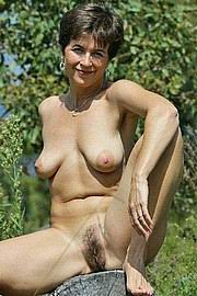 dirty-sexy-grannys45.jpg