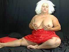 nasty-old-fat-grannies106.jpg