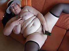 nasty-old-fat-grannies52.jpg