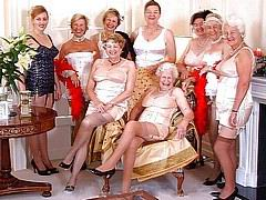slutty_grannies13.jpg