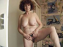 slutty_grannies48.jpg