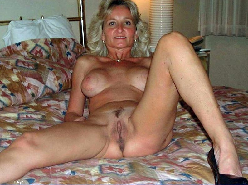 Hot sexy maxican old woman