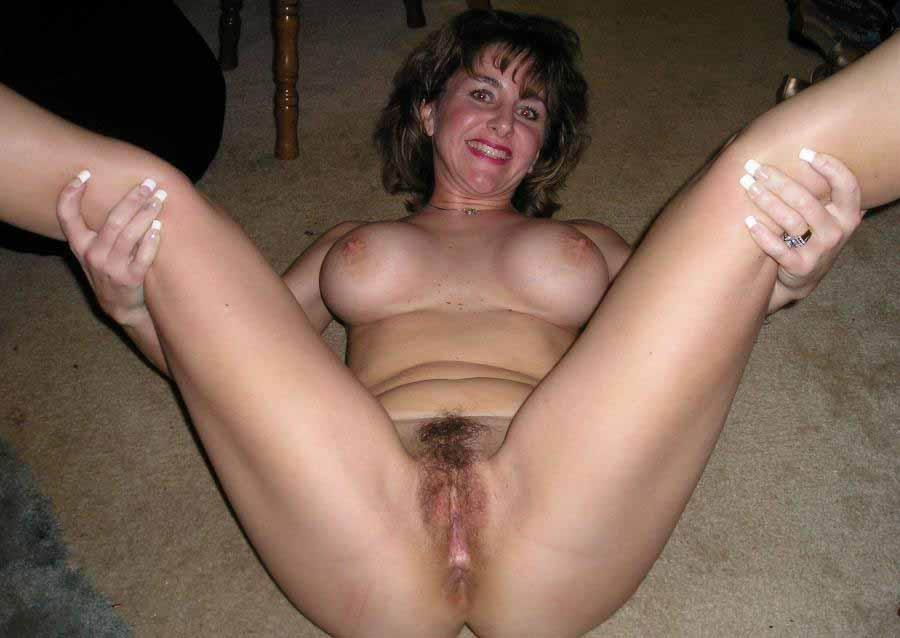 Chubby white slut solo afternoon play squirt 5 times 8
