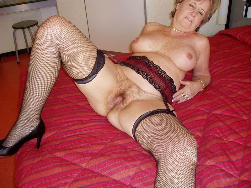 senir sex nude