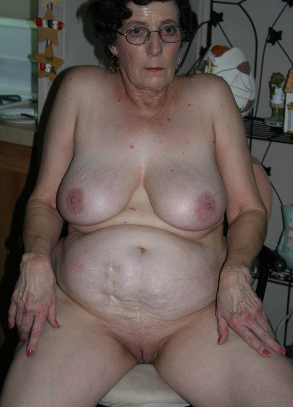Mature old granny wrinkled tits