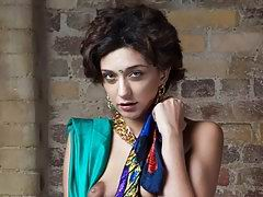 indian babe namita in green sexy sari showing herself off