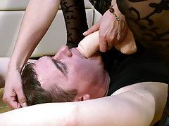 Girl sits down onto her partner's face and fucks his throat with strap-on